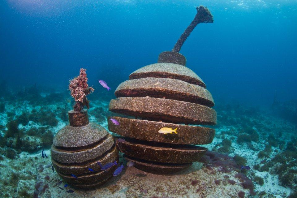 Time bomb fuse jason decaires taylor sculpture